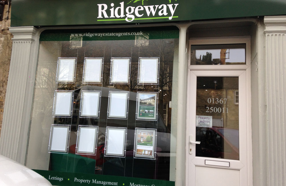 Ridgeway-lechlade-window-displays